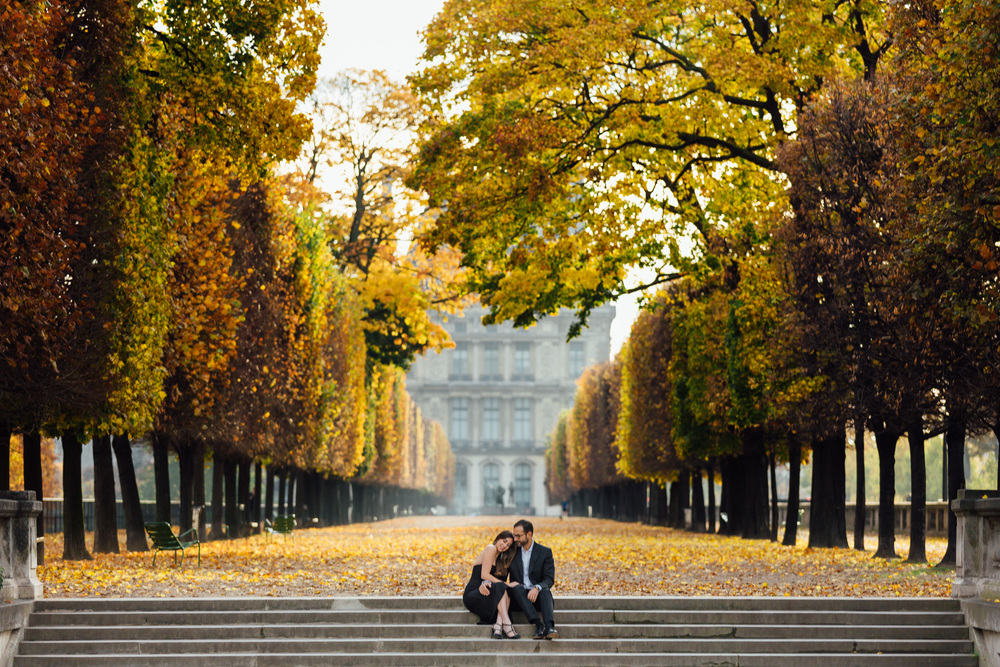 Paris Engagement Photographer Louvre Tuileries IheartParisfr