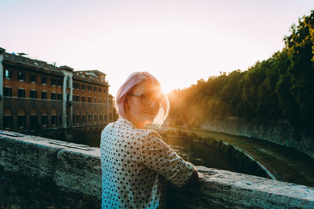 Isla-Tiberina-Anastasia-Portrait-Roma-IheartParis.jpg