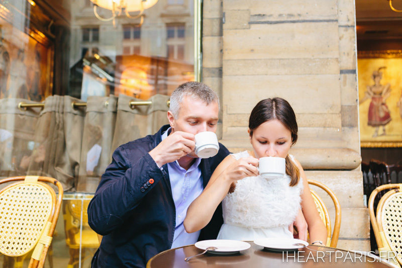Photographer in Paris Cafe for Two Couple Session IheartParisfr