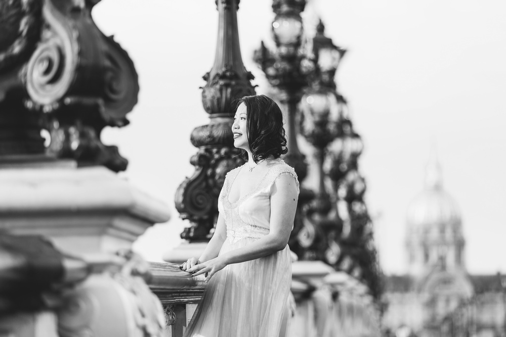 Photographer in Paris, Alexander III bridge, Birthday, personal branding, IheartParisfr