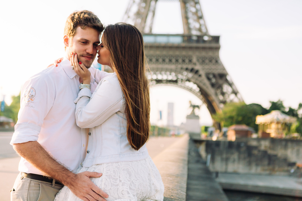 Photographer in Paris, Eiffel Tower, Couple session, Sunrise, Lovestory, Trocadero, Iheartparisfr