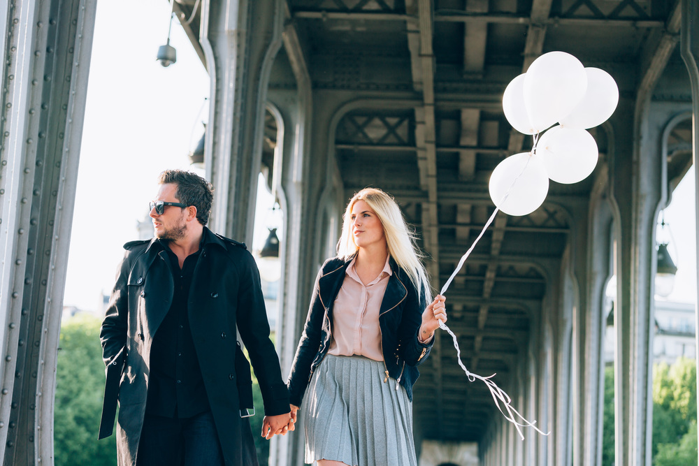 Photographer In Paris, Surprise Proposal, Bir Hakeim, Engagement, Balloons, Iheartparisfr