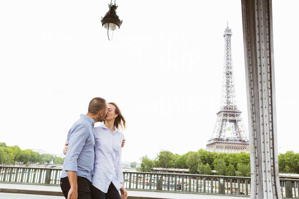 Photographer in Paris, Couple Session, Eiffel Tower, Bir Hakeim, Iheartparisfr