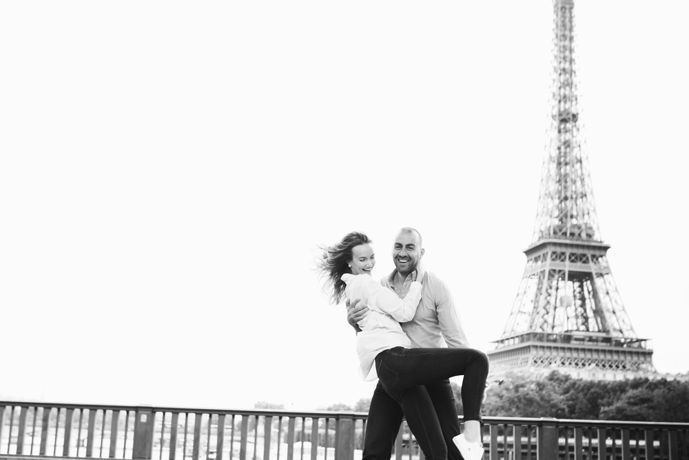 Photographer in Paris, Eiffel Tower, Couple Session, Bir Hakeim, Iheartparisfr