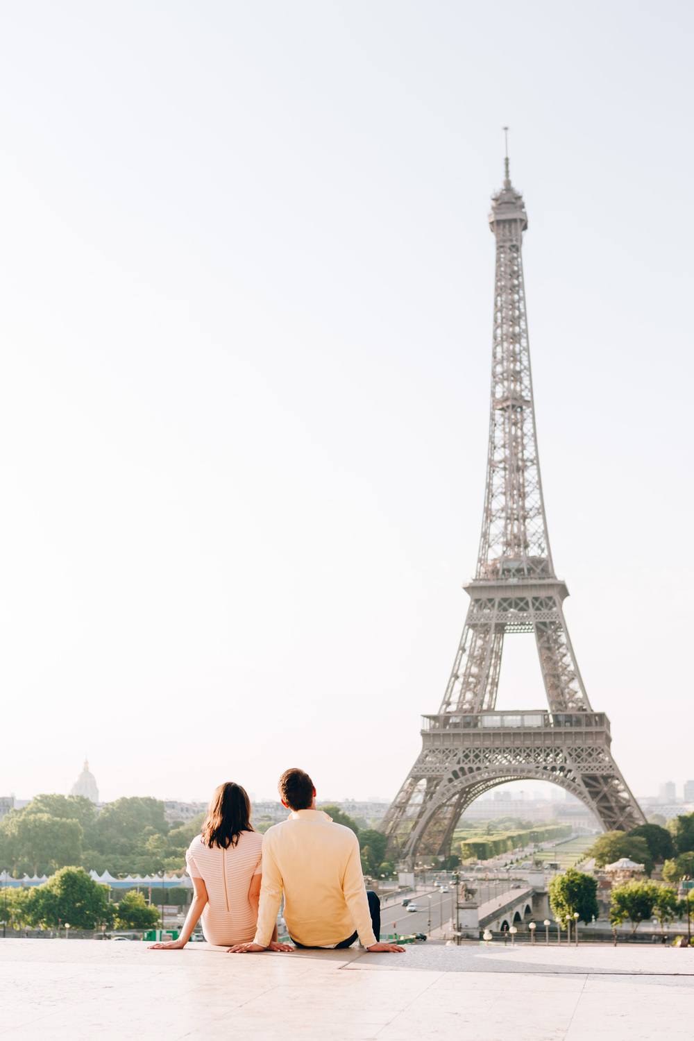 Photographer-In-Paris-Eiffel-Tower-Lovestory-Iheartparisfr.jpg