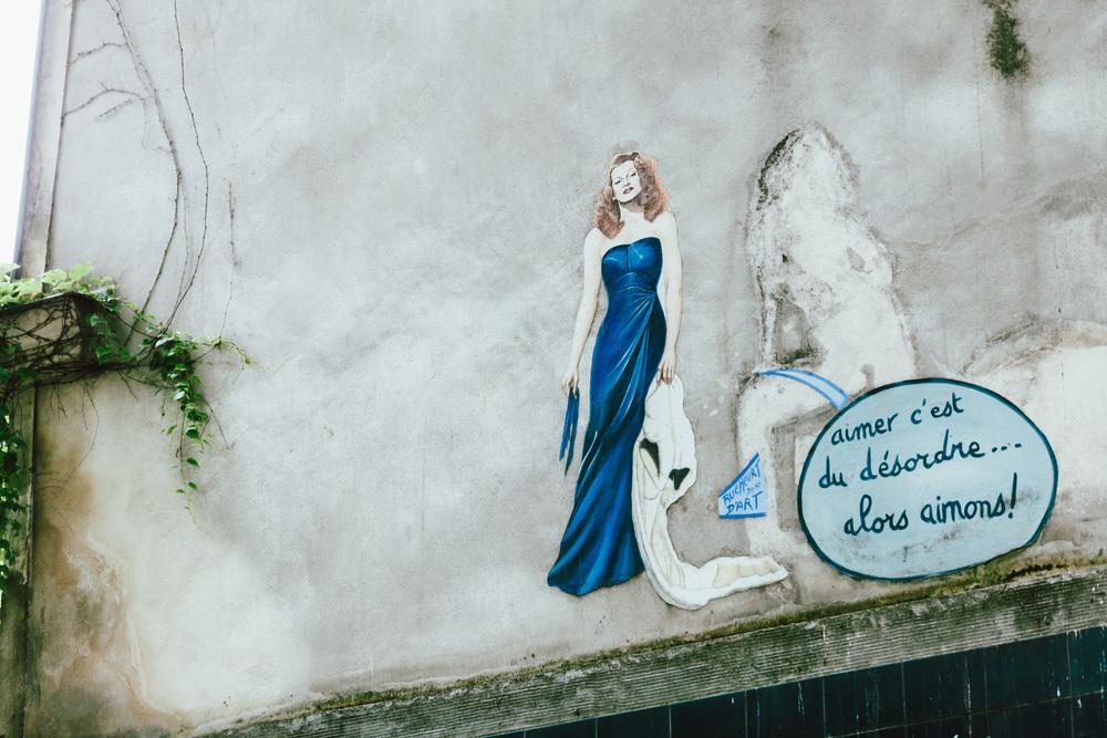 Photographer in Paris, Montmartre, Lovestory, streetart, iheartparisfr