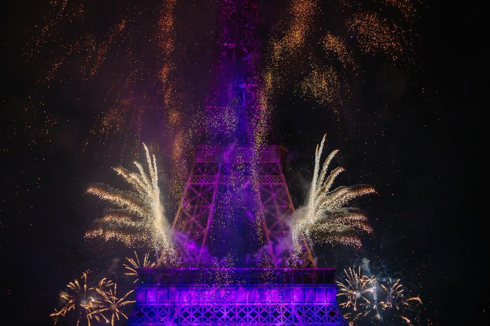 Photographer in Paris, Bastille2015, Eiffel Tower, Iheartparisfr