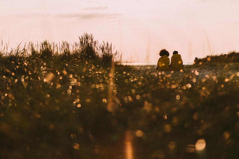 Photographer in Paris, Lovestory, sunset, golden hour, iheartparisfr