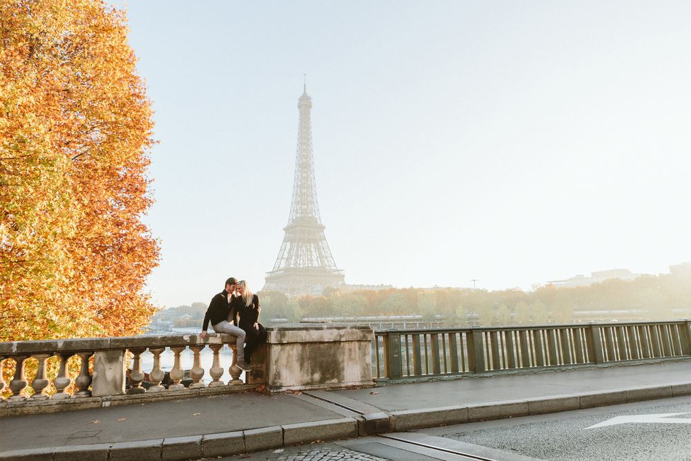 Paris Photographer Lovestory Eiffel Tower Autumn