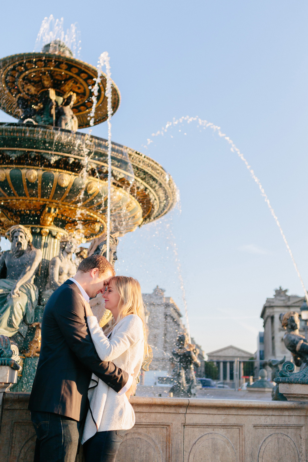 Paris photographer engagement concorde fountain