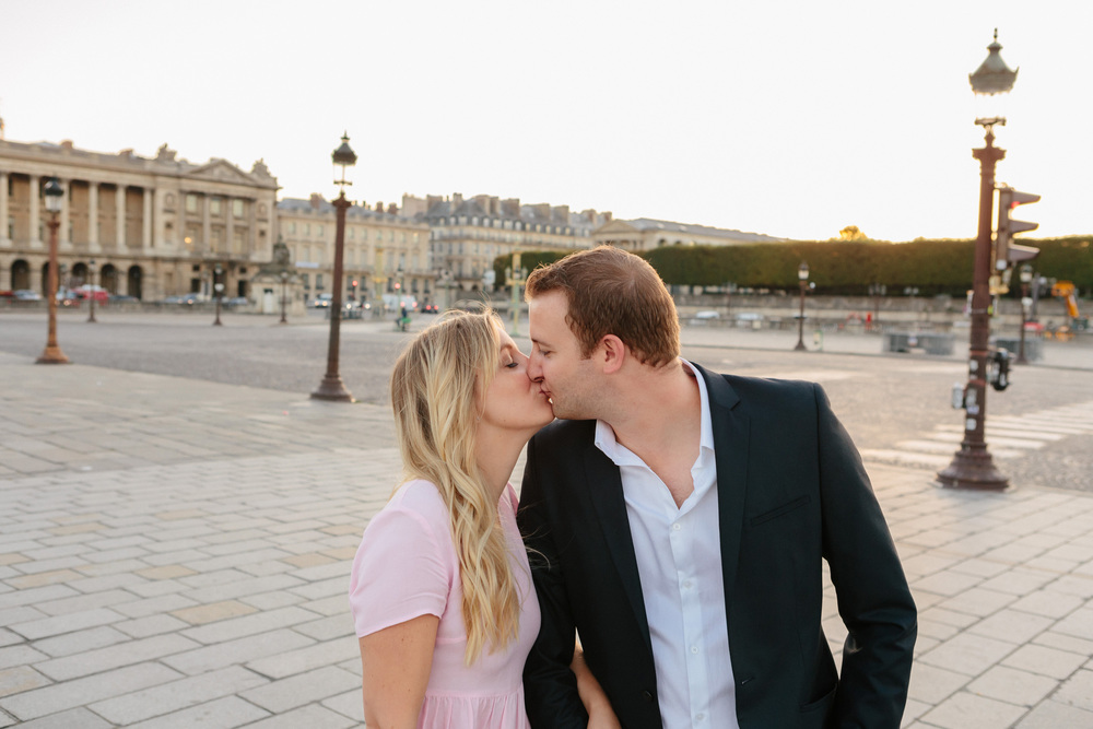 Paris photographer engagement Tuileries Concorde