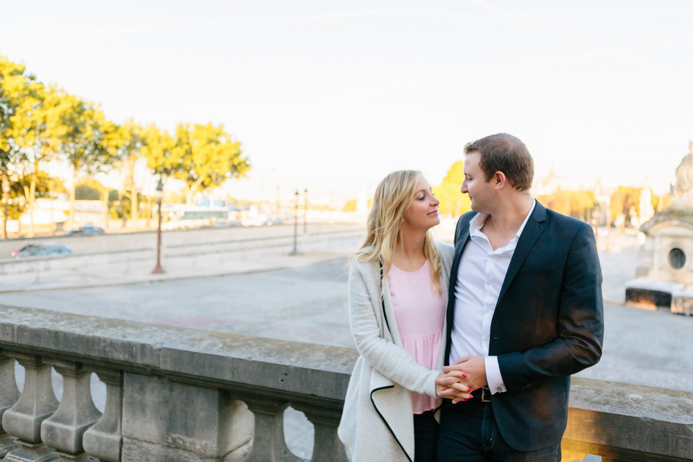 Paris photographer engagement Concorde Tuileries