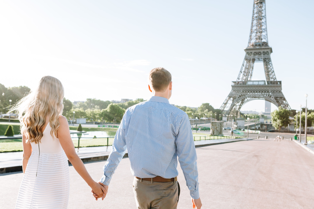 paris photographer engagement couple session at trocadero by the eiffel tower