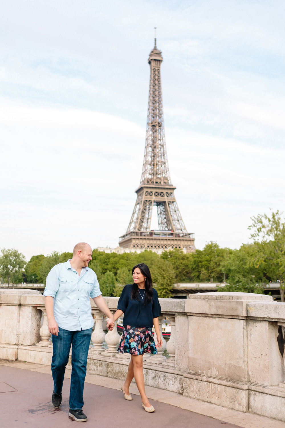 photographer in paris surprise proposal eiffel tower bir hakeim engagement