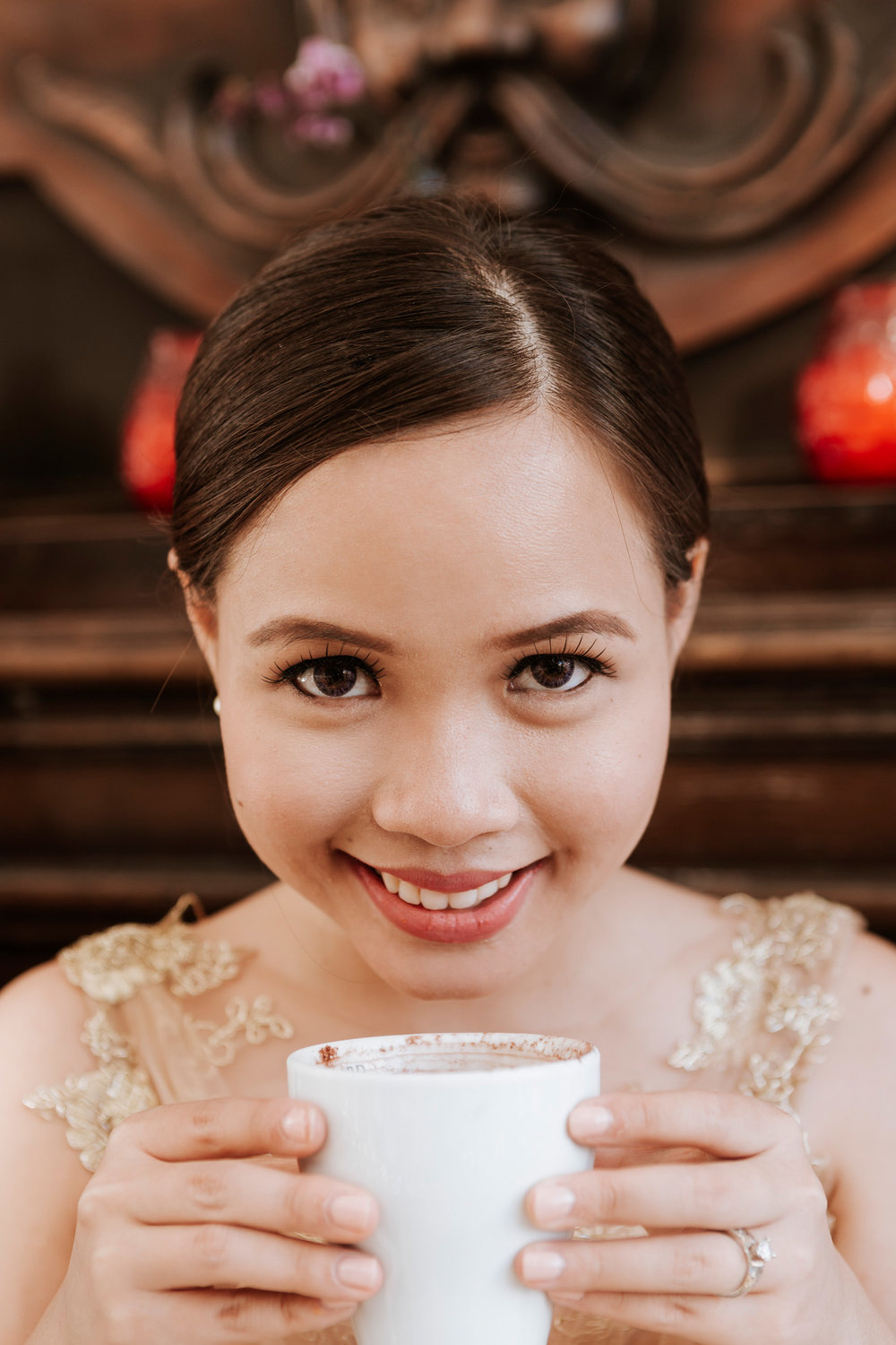 Pre-wedding bridal portrait with coffee at cafe captured by Paris Photographer Federico Guendel