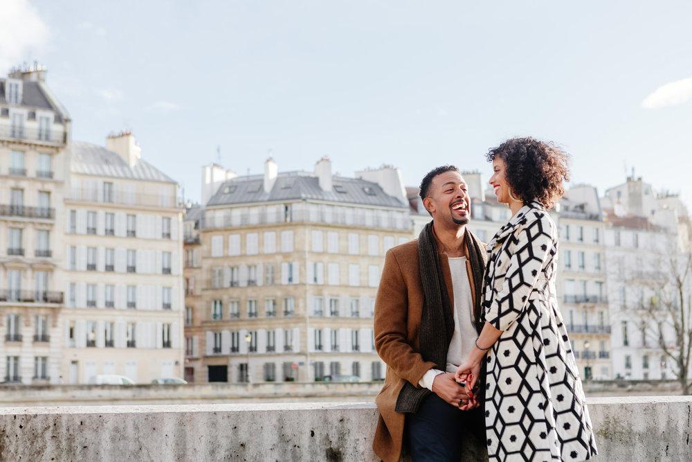Couple session portrait by Ile Saint Louis captured by Paris Photographer Federico Guendel IheartParis www.iheartparis.fr
