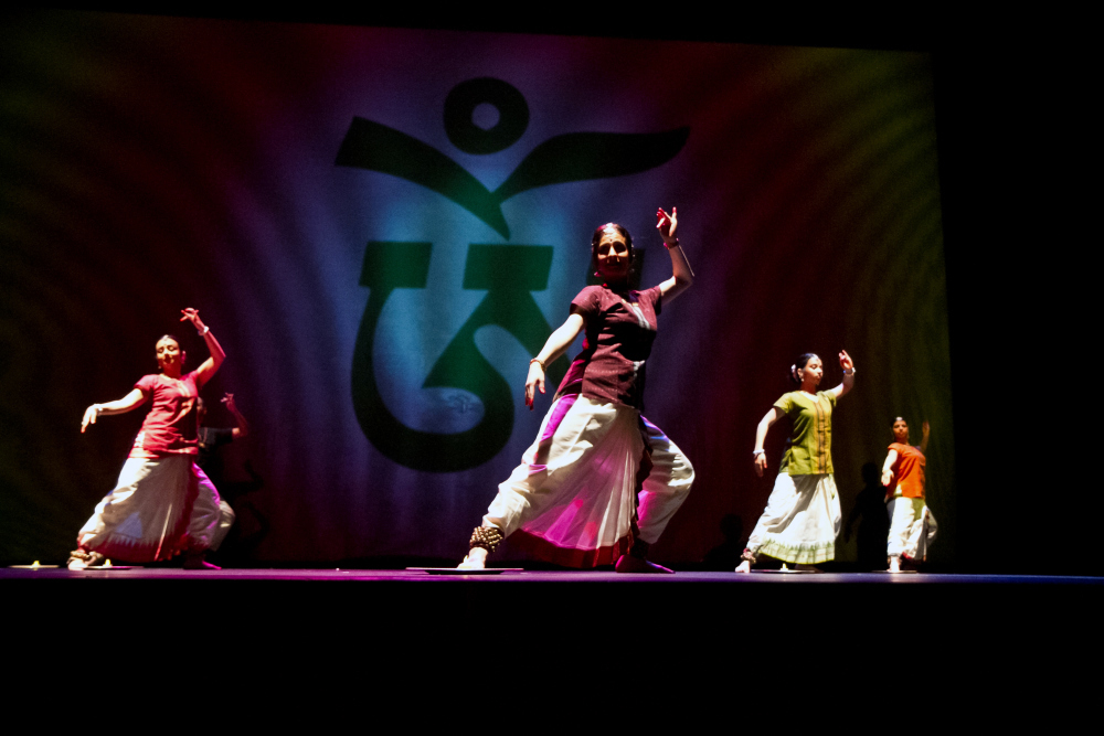Samudra: Churning Oceans, with Srishti Dances of India, a Bharatanatyam, Odissi, video and visual art collaboration. February/March 2012.