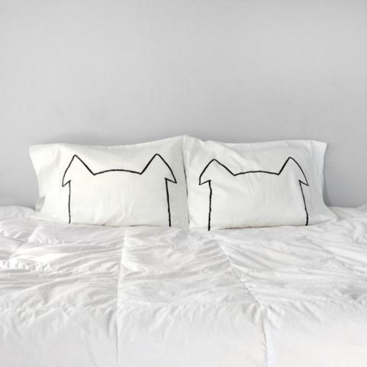 Dog ear Pillowcase.png