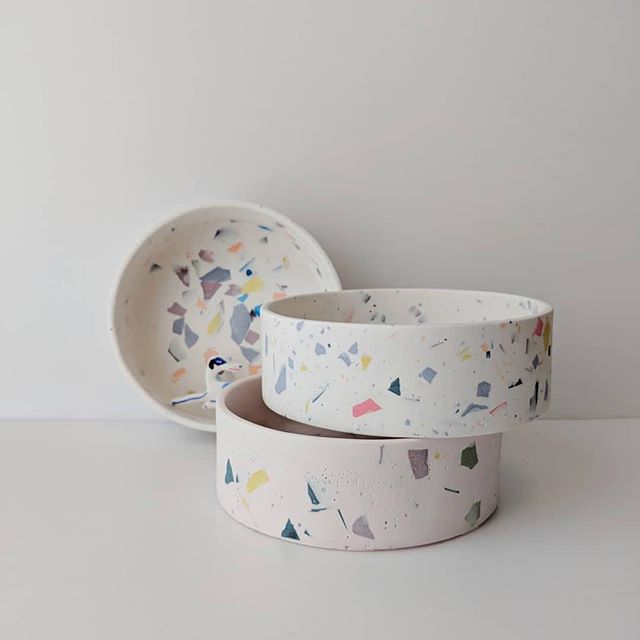 #need 📷  @fourlegsfourwalls ・・・ Sneak peak of our terrazzo dog bowls ft. @tomdrawsdogs long boi 👀 • • • #terrazzo #doggo #dog #bowl #dogbowl #longboi #handmade