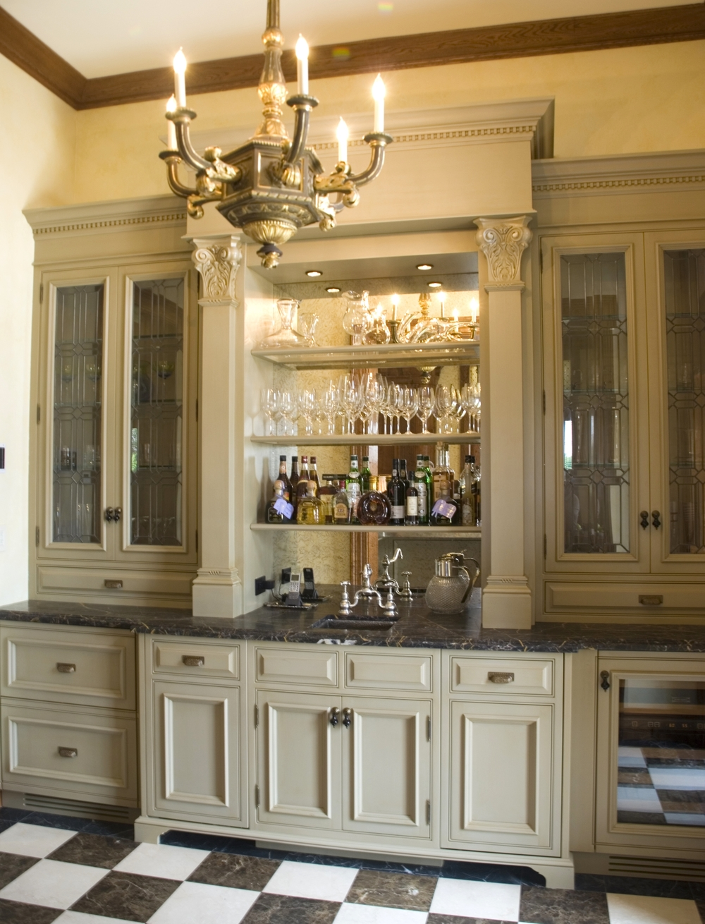 Living_Room_Bar2.jpg