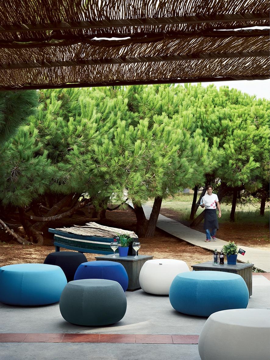 Arper_Pix_67_lounge_KauaiRestaurant_3008+3009.jpg