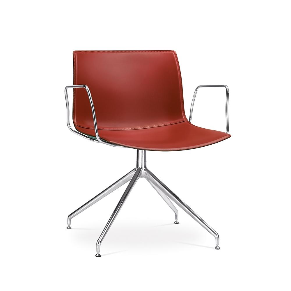 Arper_Catifa53_chair_LU1_trestle-swivel_armrest_hard-leather_2054BV_1.jpg