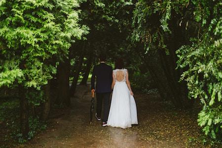 outdoor-garden-wedding-theme.jpg