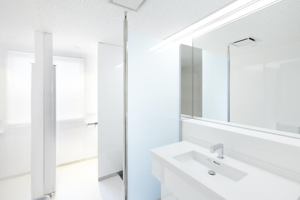 010.紳士用トイレ.jpg