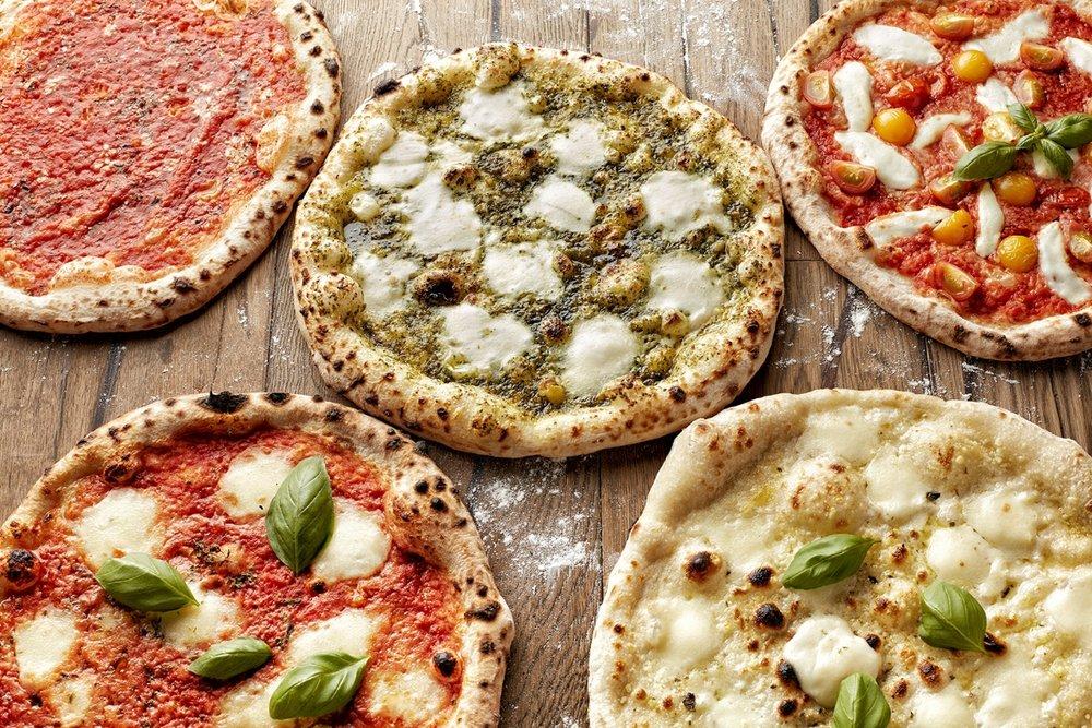 Fresh-Neapolitan-Pizzas-at-800-Degrees.jpg