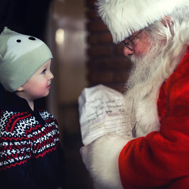 Welcome to November!! The holidays are right around the corner and that means our annual Winter Festival is coming up fast! Save the date for Saturday December 1st from 3-5pm. We'll be back soon with more details! . . #santa #treelighting #christmas #holidays #pictureswithsanta #fortcollins #visitfortcollins