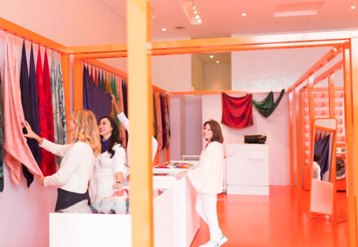 You MUST Check Out the Hermès Pop-Up: Dye Your Scarves at Hermèsmatic - Style Blueprint.com  10.16.17