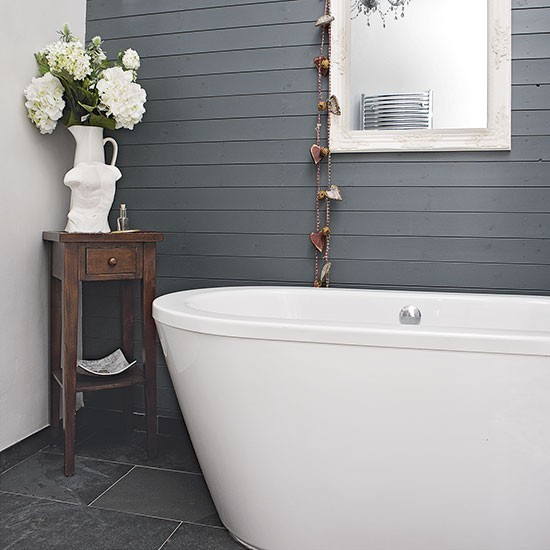 Grey-painted-bathroom