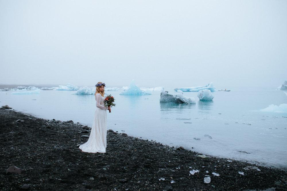 Hochzeitsfotograf-Island-Heidelberg-Mannheim-Wedding-Couple-diamond-Beach-Iceland-7