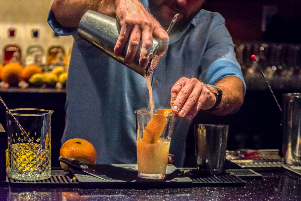 Big Orange Hound Dog - For all you Tennessee fans!Ingredients:1.5 oz. Lass & Lions Unwind Vodka1/4 oz. Bols Elderflower1/4 oz. Dry Vermouth1 oz. 🍋 Juice1 oz. 🍊 juice1/2 oz. AgaveTopped with soda Craft:Add all ingredients into shaker, fill with ice, and shake it like Eric Berry. Peel an orange and line pint glass with orange peel. Strain cocktail into glass and fill with ice and top with soda.