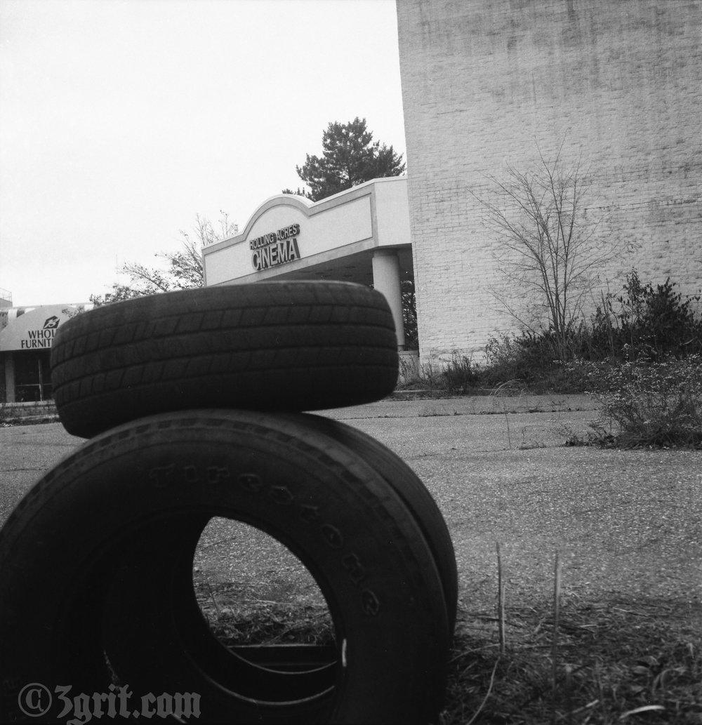 rolling acres cinema.jpg