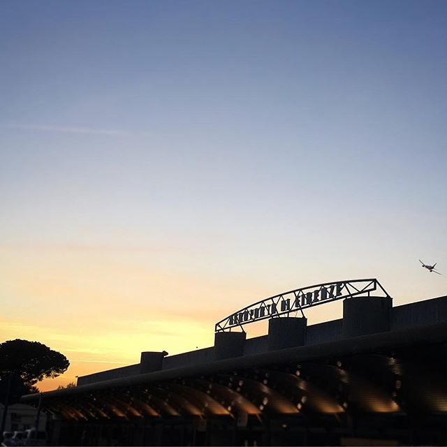 Happy landings #Firenze #HappyLandings #Florence #Tuscany #Sunset