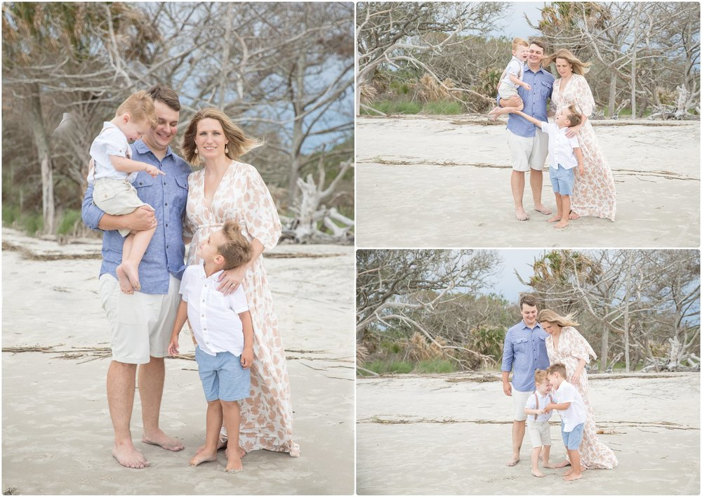 driftwood beach vacation session | candace hires photography | www.candacehiresphotography.com