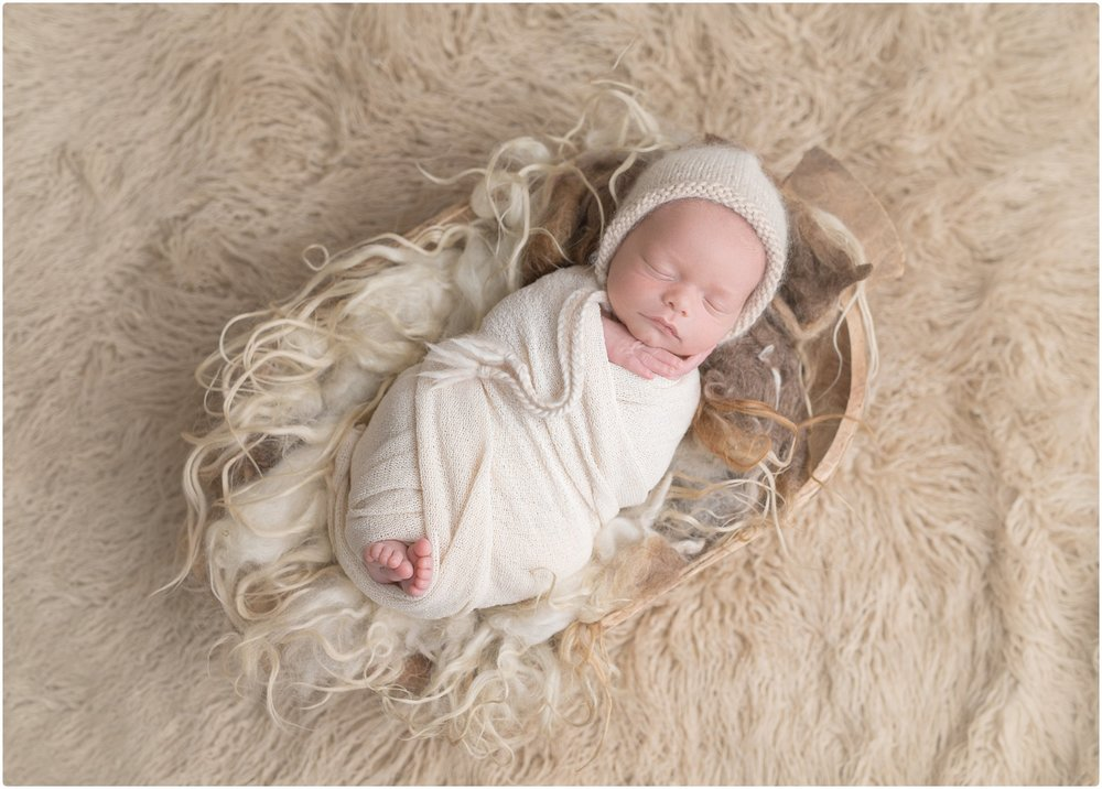 newborn photographers in st simons island | www.candacehiresphotography.com | candace hires photography