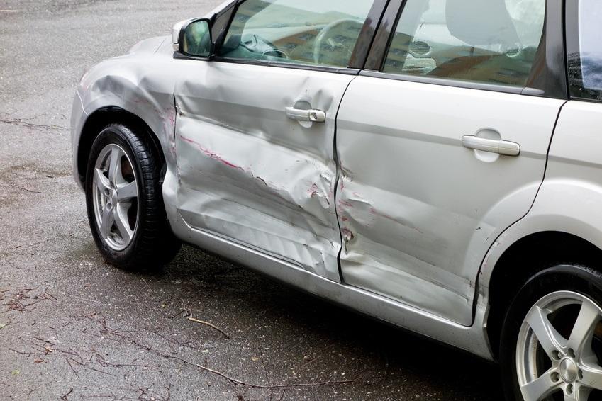 Tips_to_avoid_car_park_damage.jpg