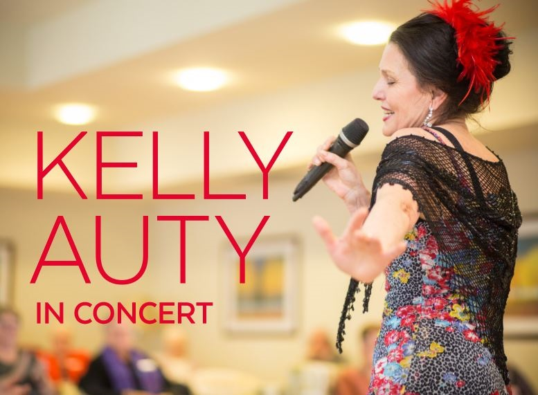 Kelly Auty in concert.JPG