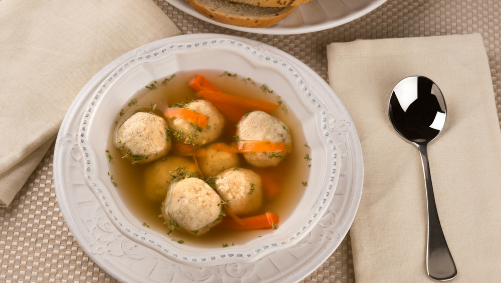 CHICKEN & DUMPLING SOUP -