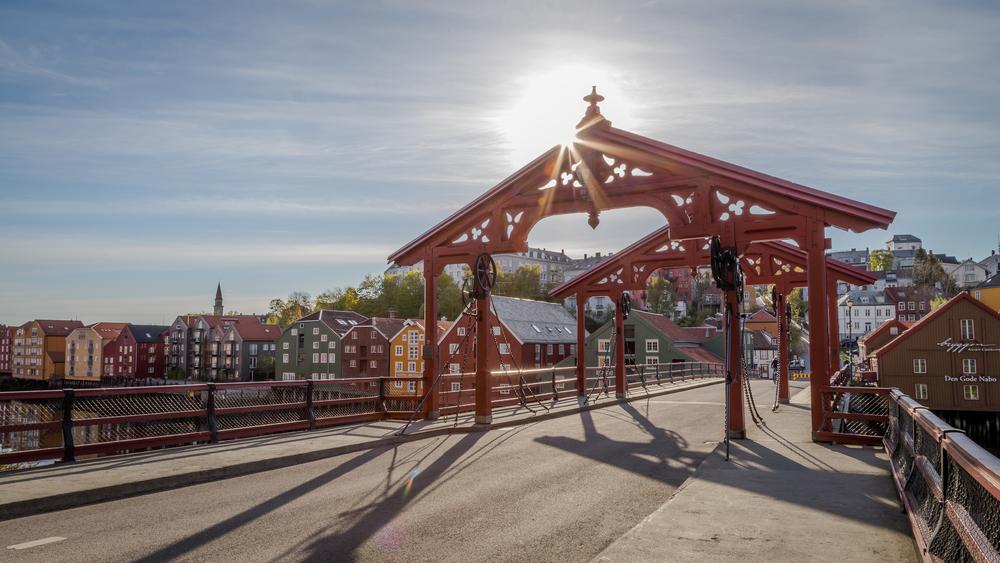 Gamle Bybro er et svært populært mål for innbyggere og besøkende. Har du ikke vært her, har du ikke vært i Trondheim.