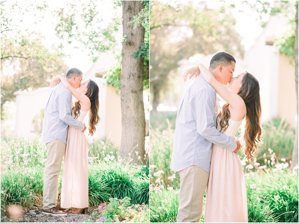 Valeria-Gonzalez-Photography-Wedding-and-Portrait-Photographer-Richmond-Virginia-Engagement-Session-in-Ojai-California_0006.jpg