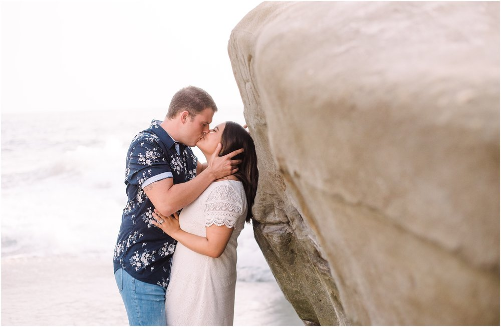 Valeria-Gonzalez-Photography-Wedding-and-Portrait-Photographer-Richmond-Virginia-Anniversary-Session-in-San Diego-California_0005.jpg