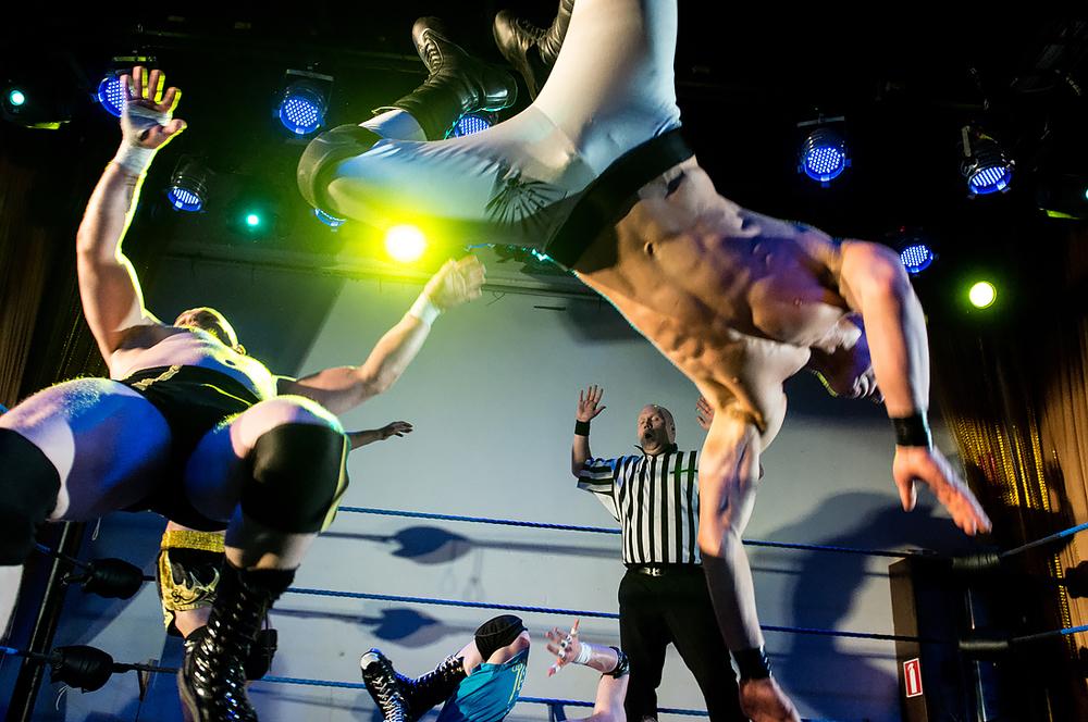 Joey Impact lennossa Ricky Vendettaa vastaan - Summer Smash 2015 - © Marko Simonen 2015