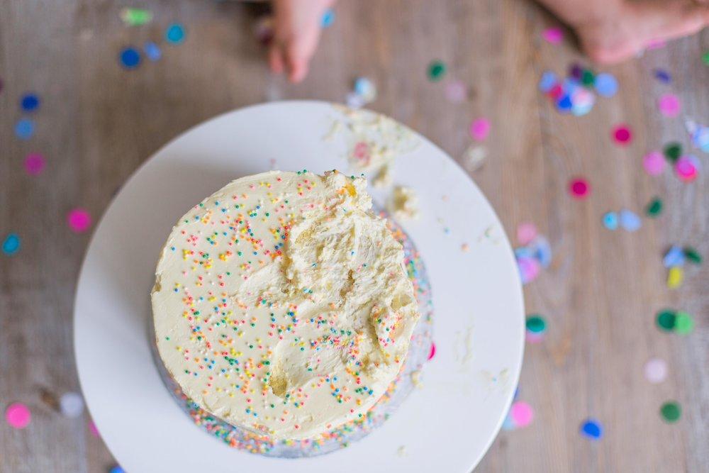 CakeSmash_coraliebee_1-3.jpg