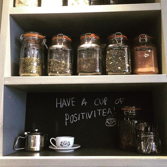 Have a cup of positivitea! We have lots of yummy flavoured teas for you to choose from!☕️ #tea #teatime #coffeetime #morningcuppa #breakfasttea #greentea #earlgray #morningmotivation #instadrink #independentbar #yorkfood #yorkdrinks #breakfasttime