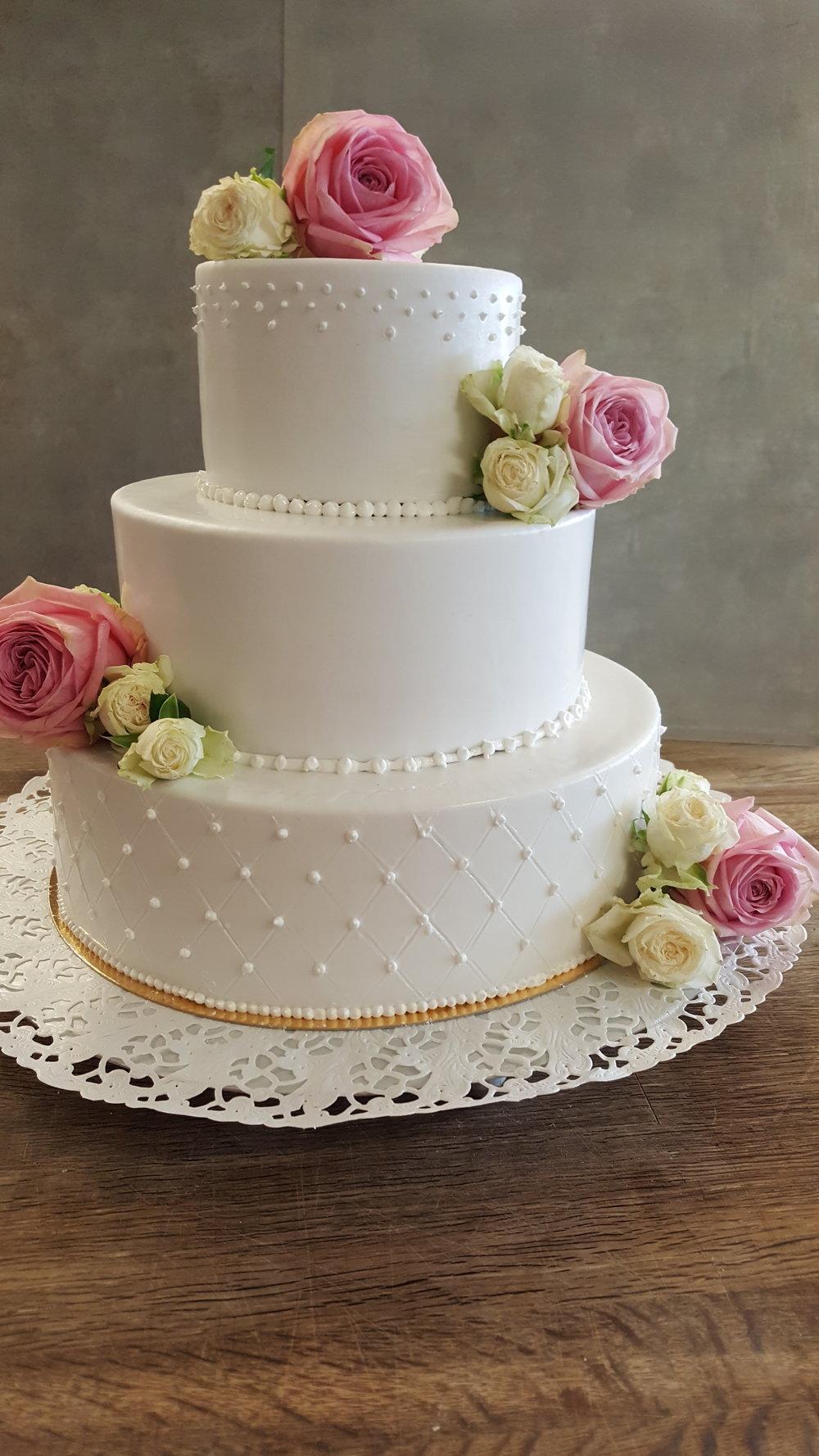 fin tårta 2.jpg