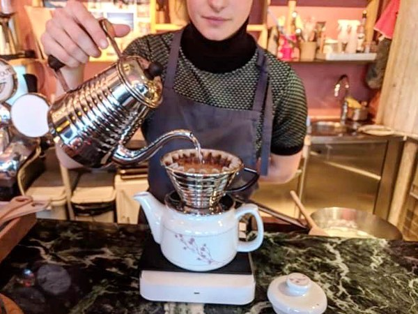 8 years ago today I apparently did a shift at @fuglenoslo as one did in those days(➡️ swipe left)  Yesterday @charleeheath took this impromptu snap of me brewing the yum @fuglencoffeeroasters Honduras for some brunchers at @pedrostinywinebar ➰ Full circle ♥️ Love all the birds