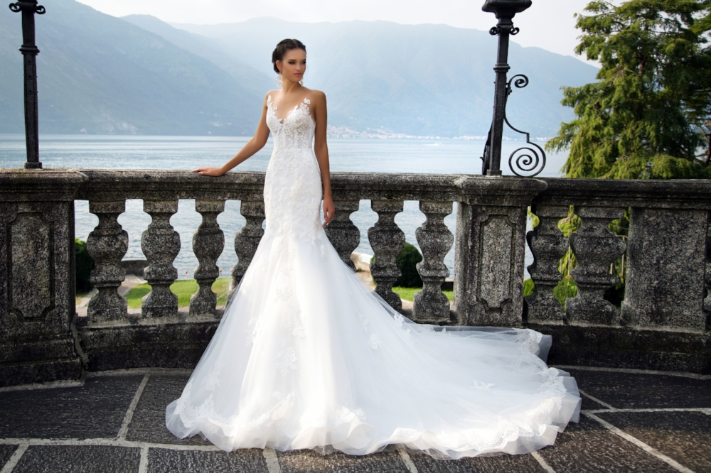 Wedding Gown Shopping 101 - Vonve\' Bridal Couture — Coffee, Clothes ...